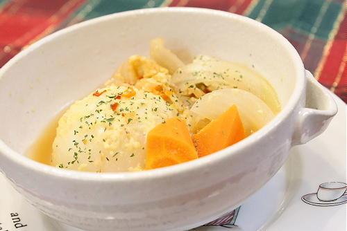 今日のキムチ料理レシピ:かぶとキムチのスープ煮込み