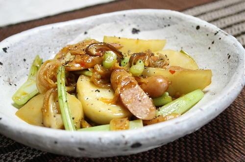 今日のキムチ料理レシピ:かぶとキムチの炒め煮