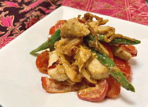 今日のキムチ料理レシピ:カジキとパプリカのキムチマヨ炒め
