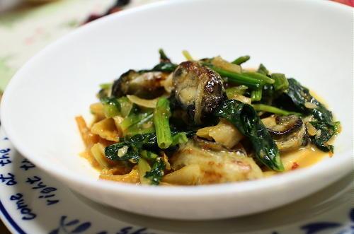 今日のキムチレシピ:カキとほうれん草のキムチミルク煮