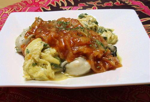今日のキムチ料理レシピ:牡蠣オムレツのキムチソースがけ