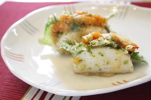 今日のキムチ料理レシピ:かまぼこのキムチはさみ天ぷら