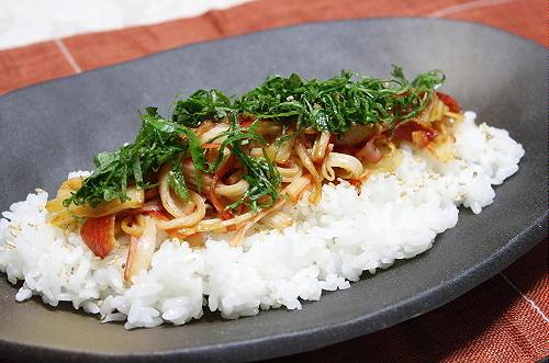 今日のキムチ料理レシピ:カニカマキムチご飯