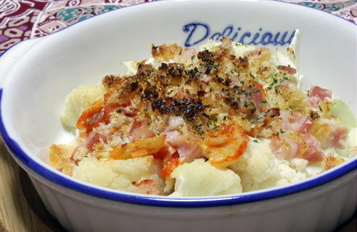 今日のキムチ料理レシピ:カリフラワーとキムチのパン粉焼き