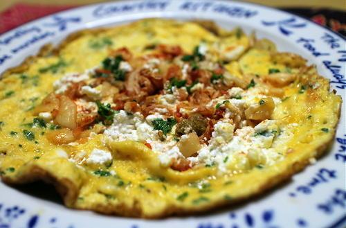 今日のキムチレシピ:カッテージチーズとキムチのオープンオムレツ