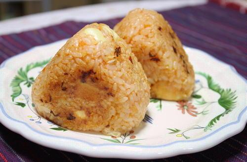 今日のキムチ料理レシピ:ケチャップキムチの焼きおにぎり
