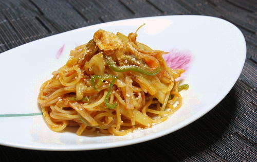 今日のキムチ料理レシピ:ケチャップキムチサラダパスタ