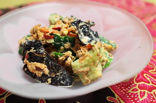 今日のキムチ料理レシピ:きくらげと胡瓜のピリ辛マヨ和え