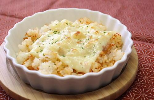 今日のキムチ料理レシピ:キムチご飯のチーズ焼き