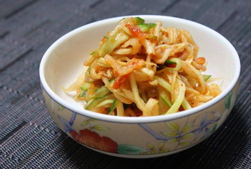 今日のキムチ料理レシピ:切り干し大根の梅キムチ和え