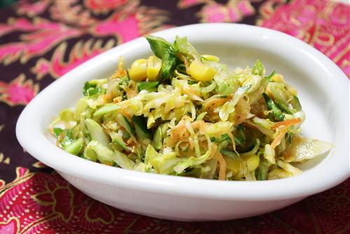 今日のキムチ料理レシピ:ピリ辛コールスロー