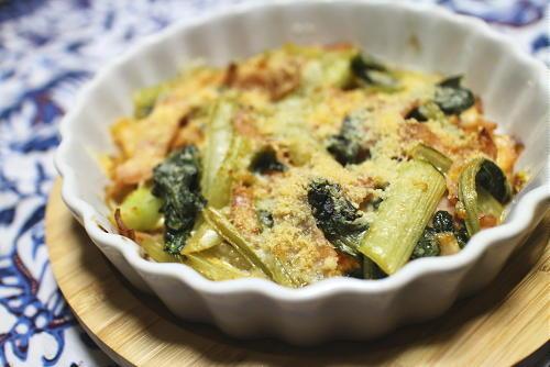 今日のキムチ料理レシピ:小松菜とキムチのチーズ焼き