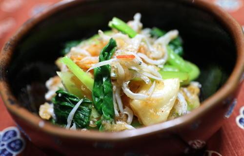 今日のキムチレシピ:小松菜とキムチのさっと煮