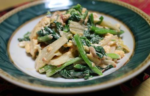 今日のキムチレシピ:小松菜と卵のキムチ和え