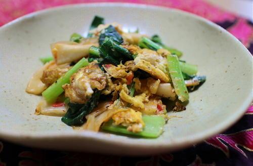 今日のキムチ料理レシピ:小松菜とキムチの卵炒め