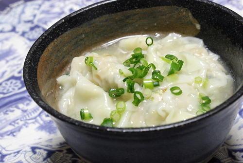 今日のキムチ料理レシピ: 小松菜キムチワンタン