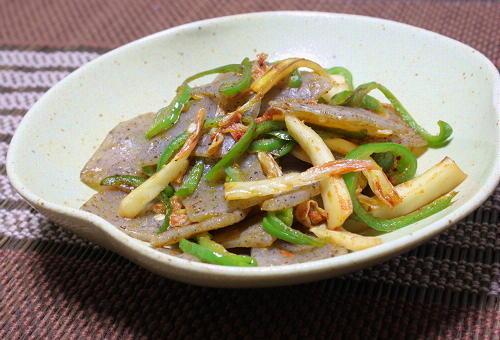 今日のキムチ料理レシピ:こんにゃくとキムチの塩炒め