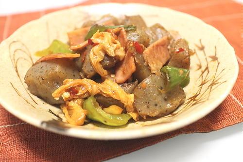 今日のキムチレシピ:こんにゃくとキムチの甘辛炒め