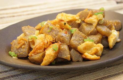 今日のキムチ料理レシピ:こんにゃくとキムチの味噌炒め