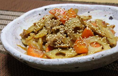 今日のキムチ料理レシピ:根菜のピリ辛きんぴら