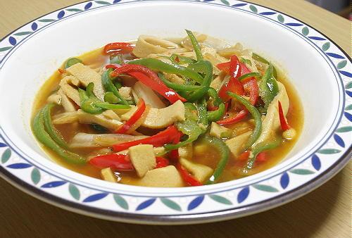 今日のキムチ料理レシピ:高野豆腐とキムチの炒め煮