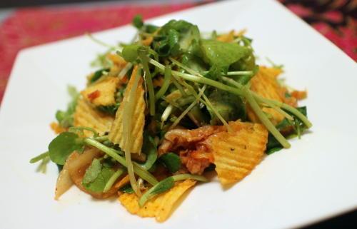 今日のキムチレシピ:クレソンとポテトチップスのキムチ和え