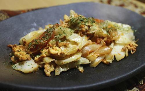 今日のキムチレシピ:キャベツとトマトのキムチ炒め