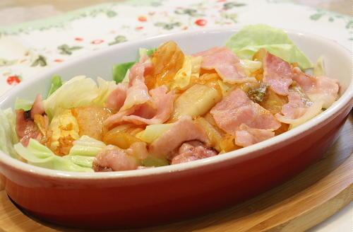 今日のキムチ料理レシピ:キャベツとキムチのレンジ蒸し