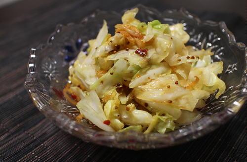 今日のキムチ料理レシピ:キャベツとキムチのハニーマスタード和え