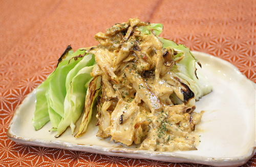 今日のキムチ料理レシピ:キャベツのまいたけキムチソース
