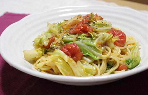 今日のキムチ料理レシピ:春キャベツとキムチのパスタ
