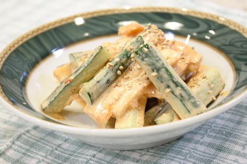 今日のキムチ料理レシピ:大根キムチと胡瓜の味噌マヨ和え