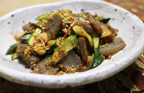 今日のキムチレシピ:きゅうりとこんにゃくのキムチ炒め