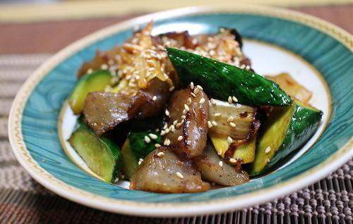 今日のキムチ料理レシピ:こんにゃくと胡瓜のキムチきんぴら