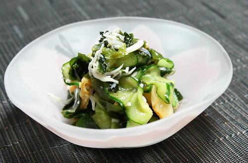 今日のキムチ料理レシピ:胡瓜とキムチの酢の物