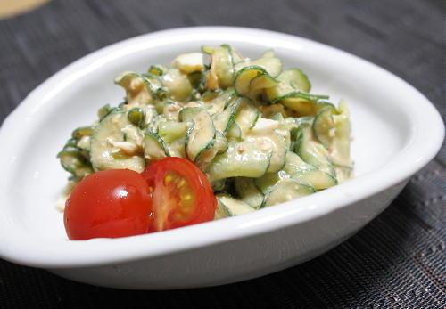 今日のキムチ料理レシピ:胡瓜のキムチ卵サラダ