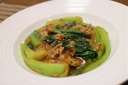 今日のキムチ料理レシピ:キムチの素で麻婆青梗菜
