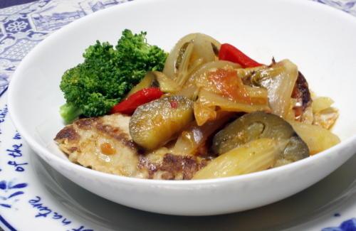 今日のキムチ料理レシピ:マグロとキムチのトマト煮込み