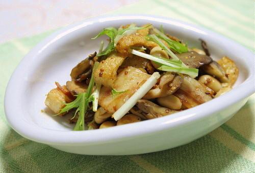 今日のキムチ料理レシピ:まいたけとキムチのマスタード炒め