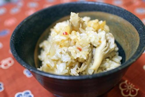 今日のキムチ料理レシピ:まいたけキムチご飯