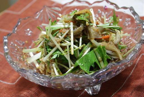 今日のキムチ料理レシピ:まいたけとキムチのごま和え