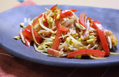 今日のキムチ料理レシピ:豆もやしとキムチの塩コショウ炒め