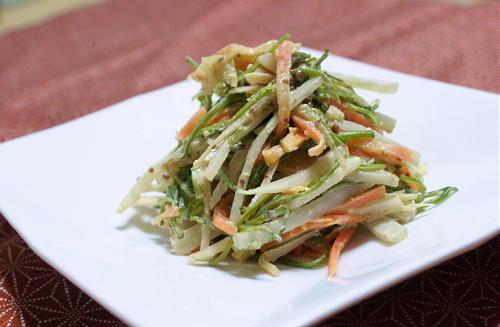 今日のキムチ料理レシピ:ごぼうとめかぶのキムチサラダ