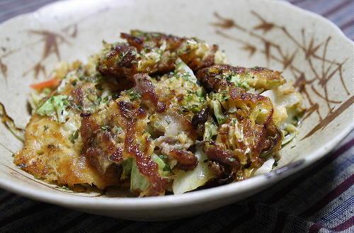 今日のキムチ料理レシピ:キャベツとキムチのミニお好み焼き風