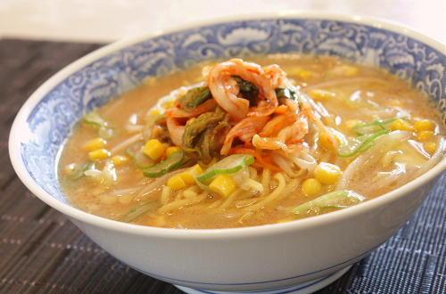 今日のキムチ料理レシピ:キムチ味噌ラーメン