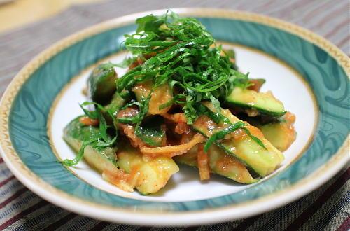 今日のキムチ料理レシピ:梅キムチみそきゅうり
