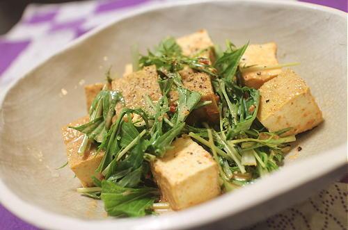 今日のキムチ料理レシピ:厚揚げピリ辛味噌マヨ和え