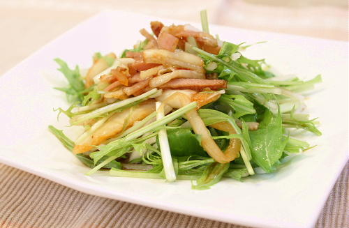 今日のキムチ料理レシピ:水菜と大根とキムチのポン酢サラダ