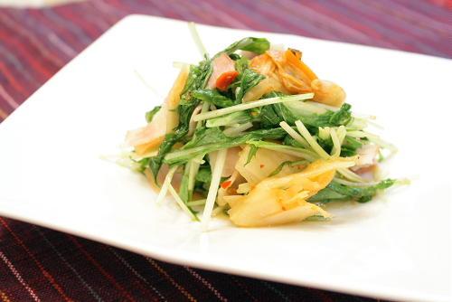 水菜とキムチの炒め物