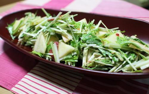 水菜とリンゴのキムチマヨサラダレシピ